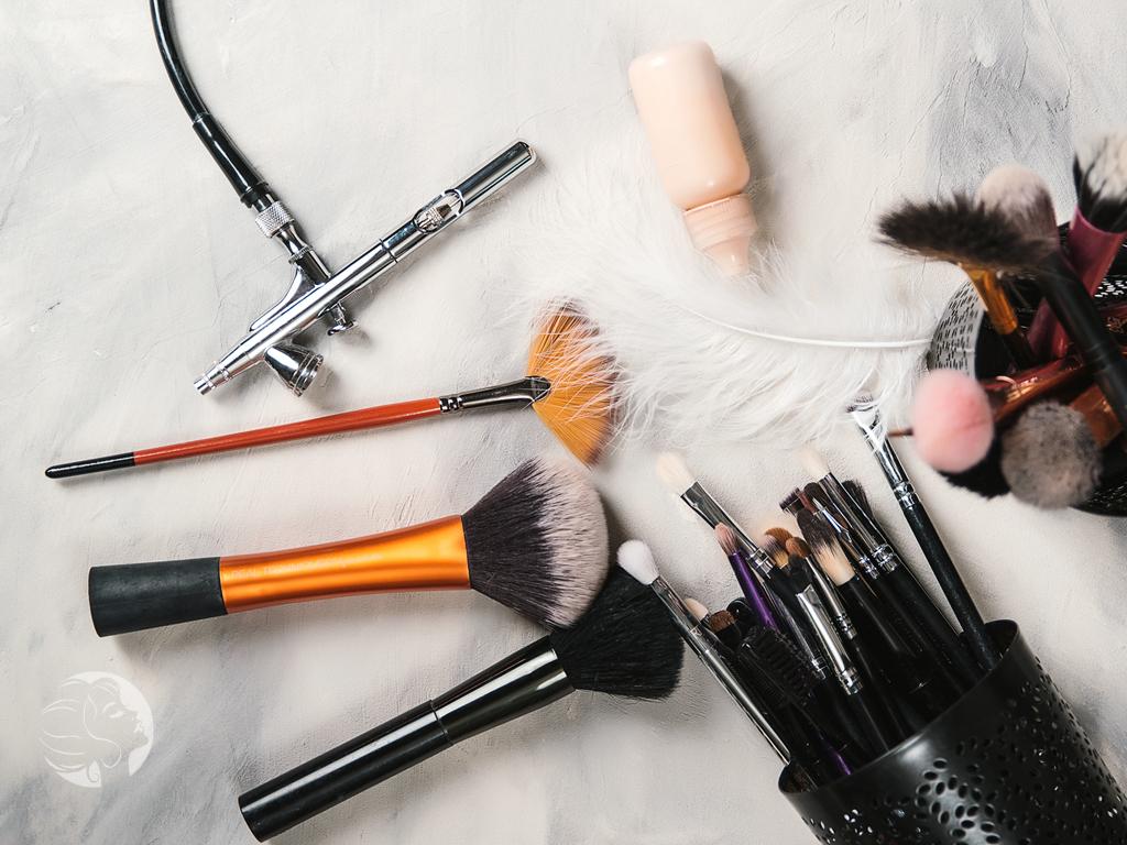 airbrush makeup versus traditional makeup
