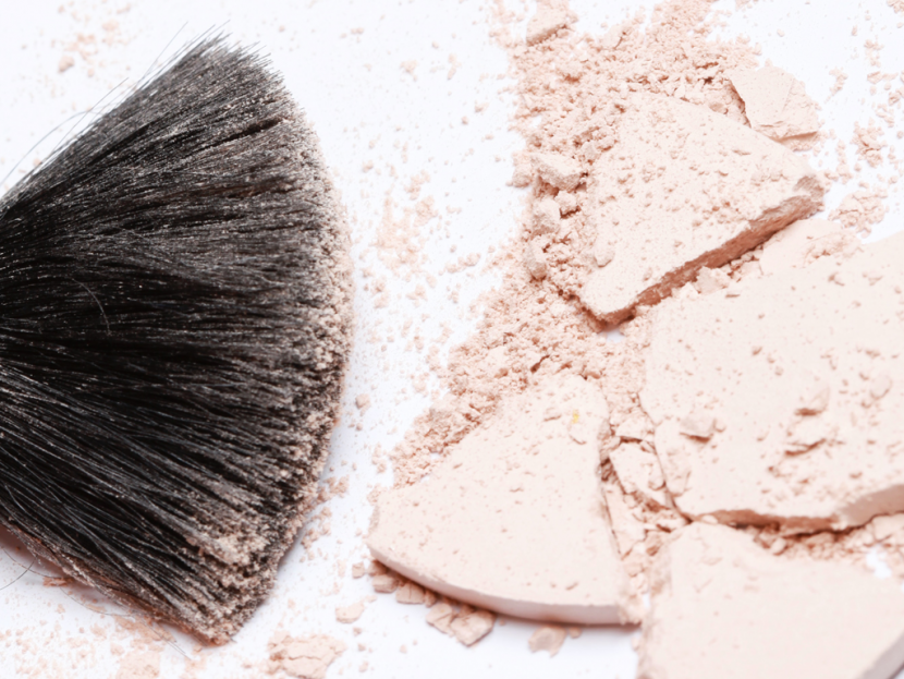 take forty five - airbrush makeup artist - difference between setting powder and finishing powder